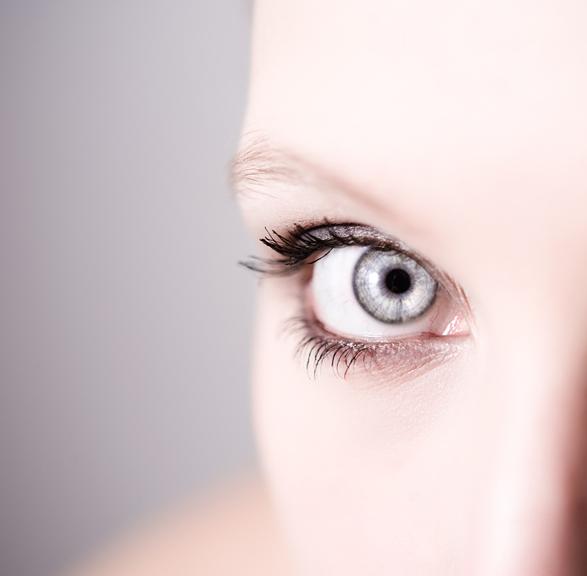 cosmetique yeux sensibles
